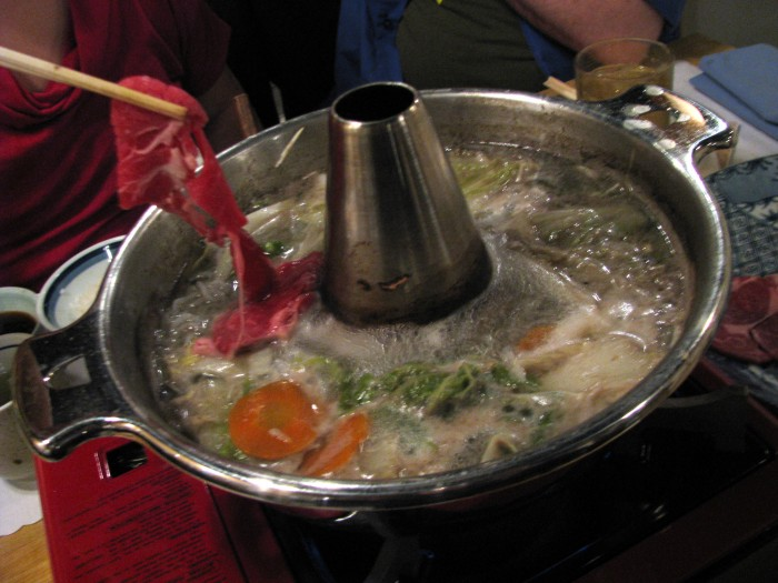 how to eat shabu shabu